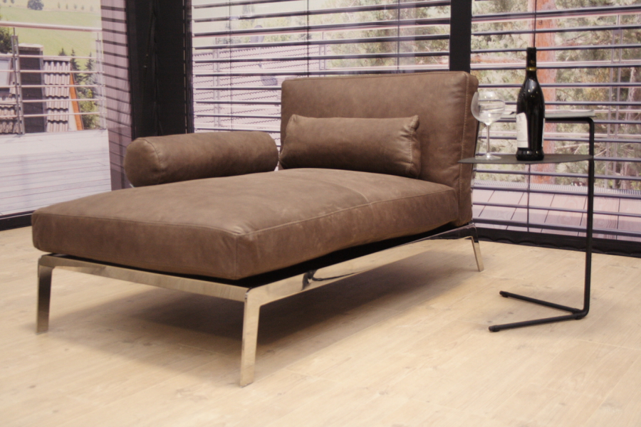 calia italia modell caesar relaxliege chaiselongue in outlet. Black Bedroom Furniture Sets. Home Design Ideas