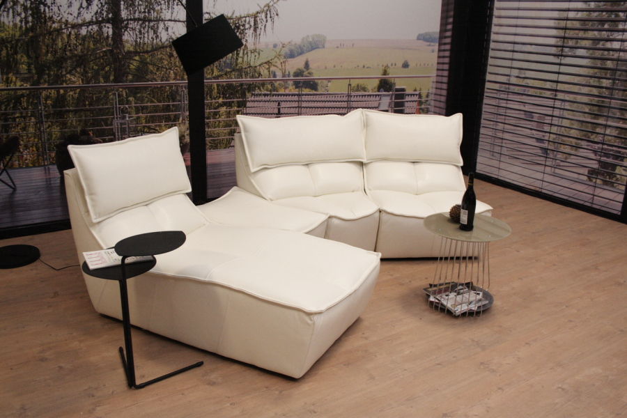 Photo : Calia Italia Sofa Images. Calia Italia Leather Sofa Hotel ...