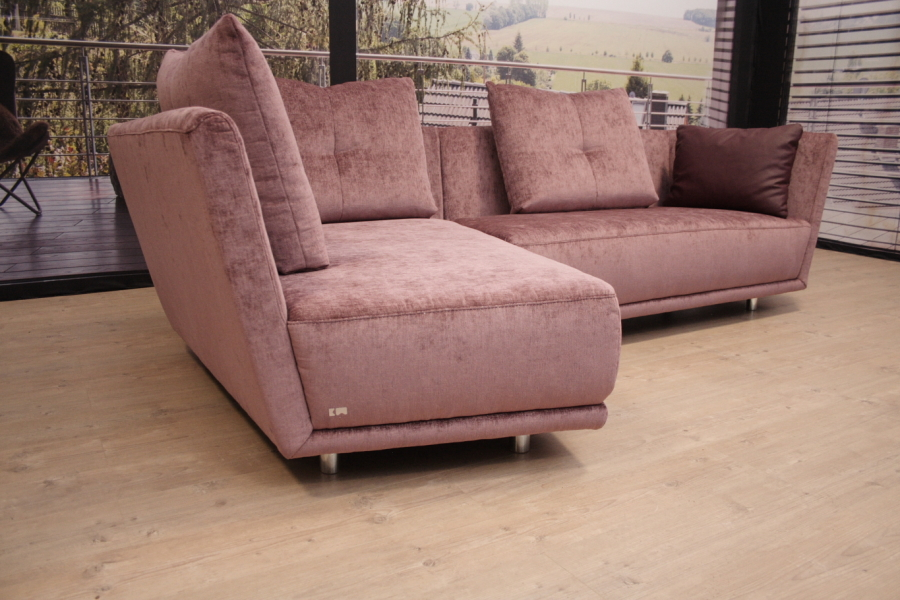K W Polstermöbel Modell 7180 Quantum Sofa in Stoff 1010 Outlet